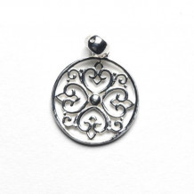 Southern Gates Sterling Silver Filigree Round Pendant